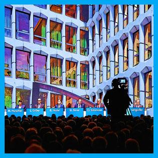 GV Luzernern Kantonalbank 2014 in neuer Messehalle