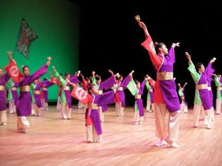今年初参加「六花(りっか)』 当番組でおなじみの安里さんも踊り子参加! 母娘共演できたことに感動して下さり、こちらこそ感動!