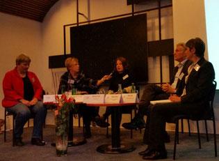 (v.l.n.r.) Anke Overbeck, Stephanie Schmidt, Christina Pruß, Stephan Schwarz, Nesrin Tekin
