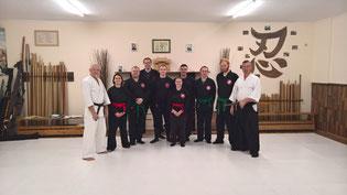 Gruppenfoto unserer Bujinkan-Gruppen (Erwachsene, Jugend und Ninja-Kids). Bujinkan Budo Taijutsu, Traditionelle Kampfkunst, Kampfsport, Schwertkampf, Kenjutsu, Stockkampf, Bojutsu, Karate, Kara-T-Robics, Shotokankarate, Battojutsu, Fitness, Tai-Chi, Marl