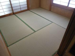 畳の地が厚く長持ち、上品なツヤが出ることで好評の国産畳おもて