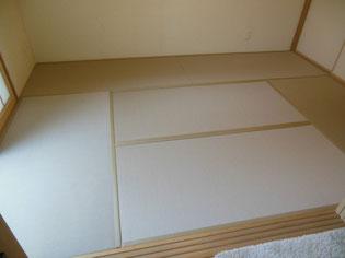 ビニールのような素材(樹脂)の畳 セキスイ美草畳