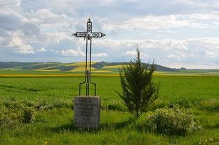Croix St Hippolyte (Cliquez sur image pour géolocaliser)