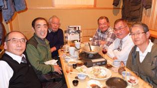 同期の仲間と楽しく・元気に忘年会を開催しました(千の庭)