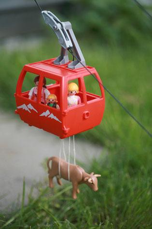 Bald auch in Harheim: Seilbahn löst Transportprobleme für Mensch und Tier