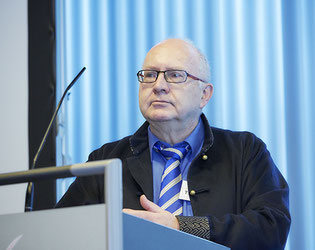 """Prof.r Dr. med. Thomas L. Diepgen, Heidelberg, ist Sprecher der GD Task Force """"Licht.Hautkrebs.Prävention"""". In einem Vortrag im Rahmen der 20. GD-Jahrestagung erläuterte er, was bei Leitlinien zu aktinischen Keratosen zu beachten ist  (Foto: GD)"""