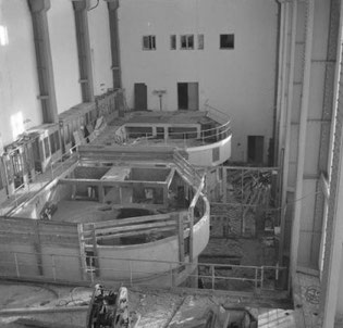 Машинный зал Кондопожской ГЭС: агрегаты эвакуированы