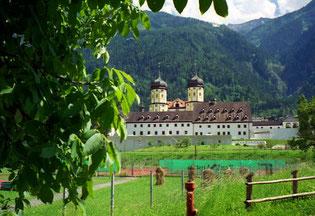Stams - Sportinternat und Kloster