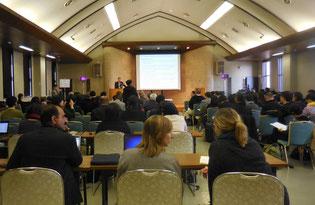 写真は、2016年3月23日に京都市で開催された「Civil G7対話」の様子