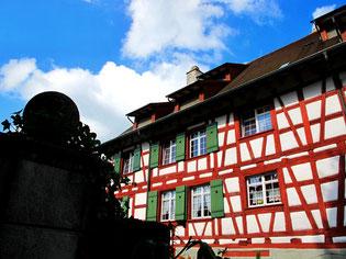 bürgerliche Fachwerk-Häuser direkt am Bodensee-Ufer