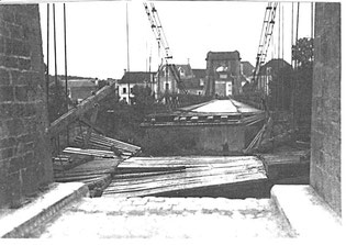 Lésigny-Ph01-Pont suspendu