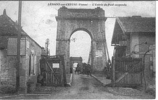 Lésigny-CP07-Pont suspendu