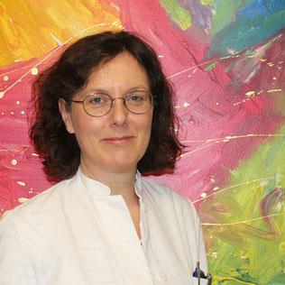 Dr. med. Angela Biermann  Fachärztin für Innere Medizin,  Ernährungsmedizin