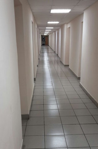 der laaaange Flur einer Etage