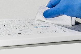 Schoonmaken Purekeys medisch toetsenbord
