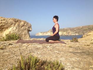 Andrea Drübert, dipl. Yogaleherin und dipl. Yogatherapeutin SYV/EYU