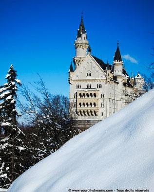 Tourisme - Neuschwanstein est un château féérique, surtout l´hiver.