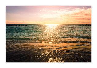 """Bildheizung """"Sonne im Meer"""", 450 Watt, 90x60cm, hier mit Silberrahmen matt, zum Vergrößern anklicken!"""