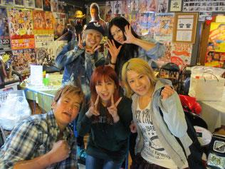 (後列左から)小林香萌選手、夏すみれ選手        (前列左から)水波綾選手、長浜浩江選手、大畠美咲選手