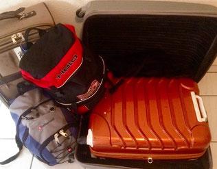 Ein kleiner Koffer kommt in einen Großen ;-)