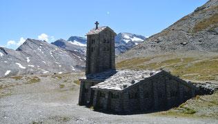 …bis zur Isèran-Kapelle am Scheitel