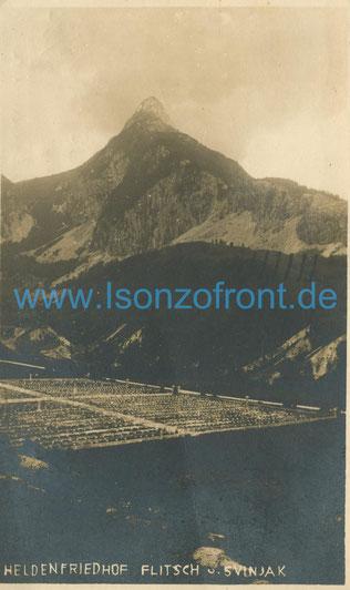 Der Heldenfriedhof Flitsch. Die Aufnahme stammt aus den 30er Jahren. Sammlung www.Isonzofront.de