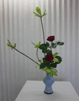 2013.4.22 瓶花  by Kumiさん