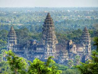 Die fünf zentralen Türme von Angkor Wat als Mittelpunkt der Welt