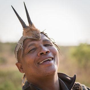 san bushmen bushwalk central kalahari botswana