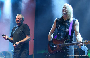 Während Ian Gillan (l.) seit 1969 zur klassischen Besetzung gehört, ist Steve Morse et 1994 dabei.