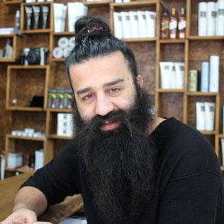 Inhaber Deyar Jamo
