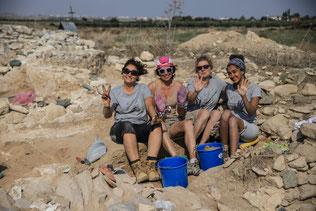 Grakliani Gora, Älteste Schriftzeichen Georgiens - Archäologische Ausgrabung