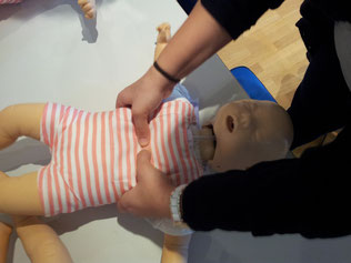 Erste Hilfe beim Baby, Inhalt im eigenen Erste Hilfe Lehrgang