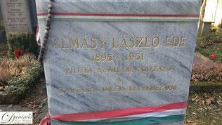 """Am Salzburger Kommunalfriedhof befindet sich Grab von László Almásy, """"den Englischen Patienten"""" aus dem gleichnamigen Film"""