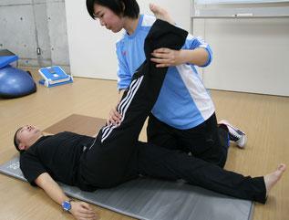 太もも裏の柔軟性テスト