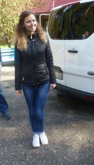 Immer ein Lächeln für die Bobbies hat unsere Dolmetscherin Alexandra . Organisatorin für Partnerprojekte