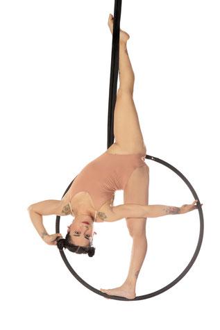 Yatzin Kosom Aerial Hoop Lyra Workshop