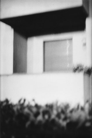 Heiner Blumenthal l Balkon, 2009, 30,4 x 23 cm, on baryta paper