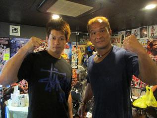 (左から)小幡優作選手、田中将斗選手