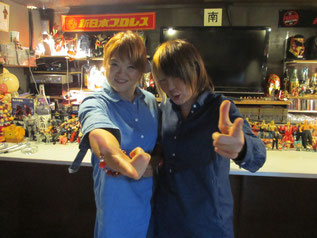 (左から)高橋奈苗選手、脇澤美穂選手