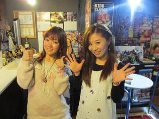 (左から)松本都選手、藤本つかさ選手