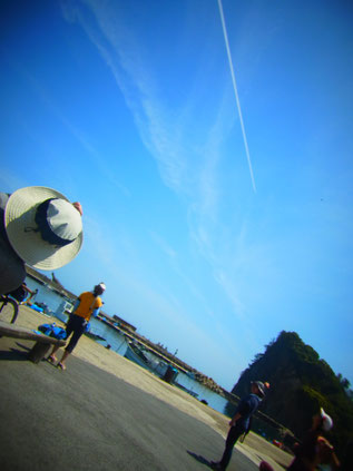 大久 飛行機雲