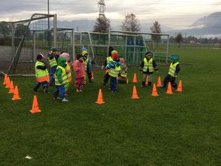 Die Bresner Kindergärtler kamen am Dienstag ins Römerstadion und konnten ein Training absolvieren. © Heike Guem