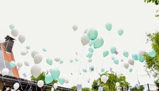 HeliumBallon steigen lassen