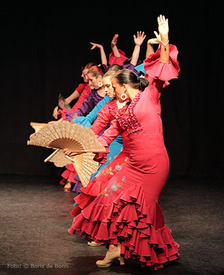 Flamencotanz Guajira im Tanzstudio La Fragua in Bonn/Color-Foto by Boris de Bonn