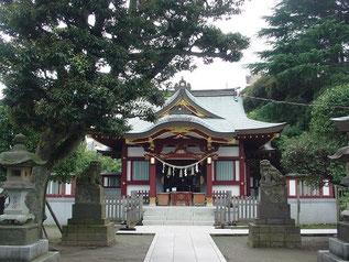 薭田神社の拝殿