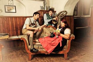 Wirtshausunterhaltung vom Feinsten - das bieten die drei jungen Künstler aus Deining (Foto: Martina Gentele-Höllerl)