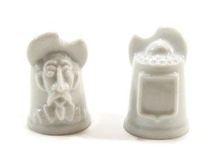 Dedal de porcelana viera gris.