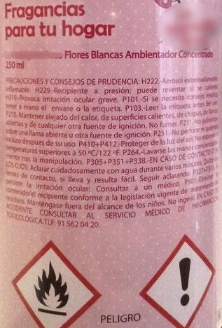 Etiqueta de un ambientador en spray considerado aerosol inflamable
