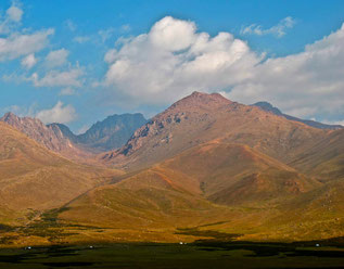 diese Berge mußten noch überwunden werden